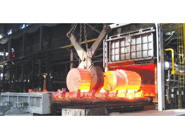 台车炉用于各机械部件热处理之用